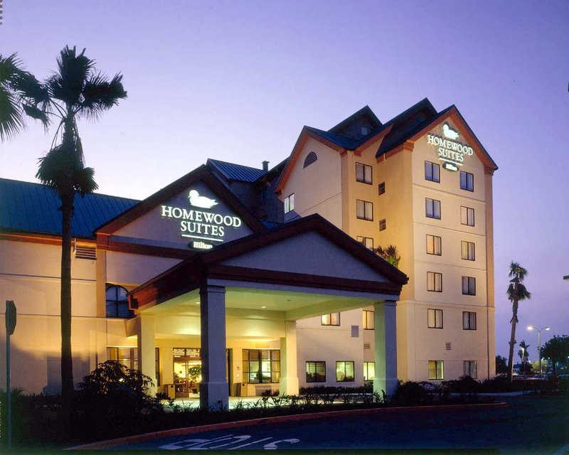 Welcome to Homewood Suites by Hilton® Anaheim-Mai