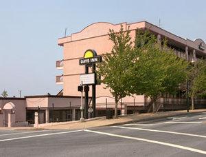 Exterior view - Downtown Inn & Suites Asheville