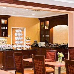 Restaurant - Homewood Suites by Hilton Arlington