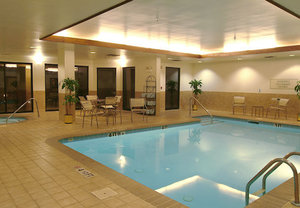 Fitness/ Exercise Room - Courtyard by Marriott Hotel Charlotte Airport