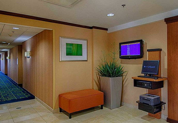Fairfield Inn U0026 Suites Newark Liberty International Airport