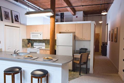 Richmond Furnished Apartment Kitchen