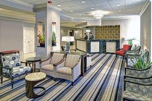 Lobby - DoubleTree by Hilton Hotel Madison