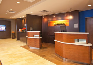 Lobby - Courtyard by Marriott Hotel Manchester