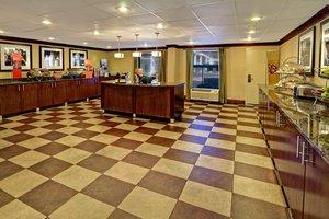 Restaurant - Hampton Inn Shallowford Road Chattanooga