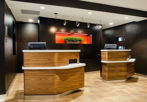 Lobby - Courtyard by Marriott Hotel Greenville