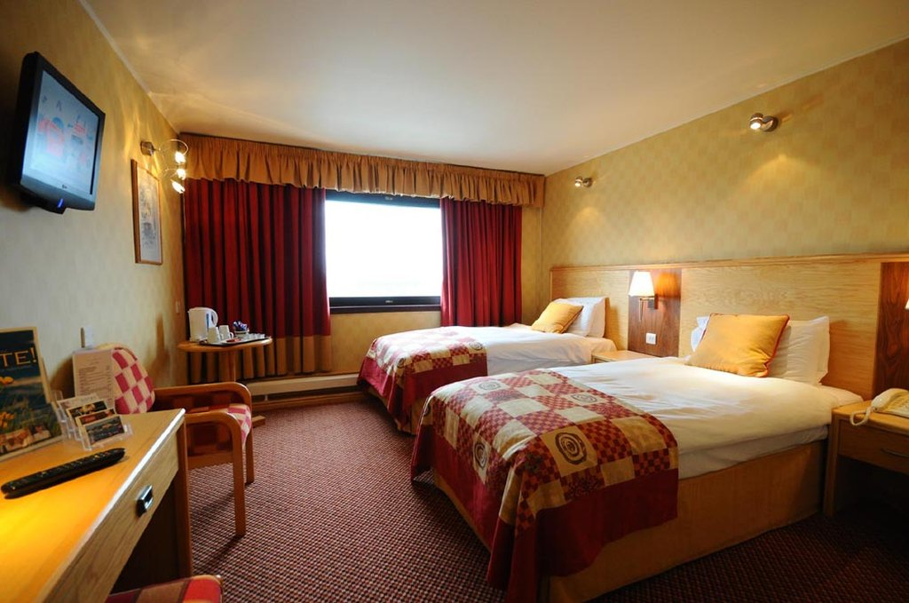 Cabarfeidh Twin Room