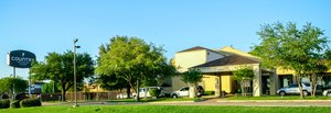 Exterior view - Country Inn & Suites by Carlson Stemmons Trail Dallas