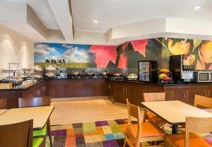 Restaurant - Fairfield Inn by Marriott Grand Rapids