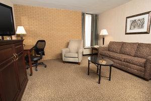 Suite - Drury Inn & Suites East Louisville