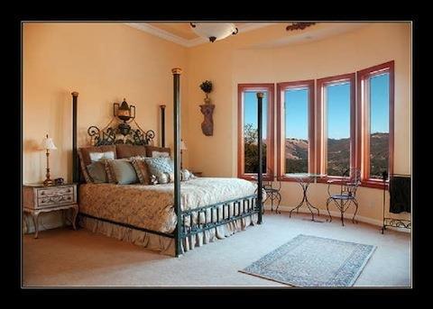 The Bella Vista Suite