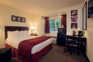 Room - Jacksonville Plaza Hotel & Suites
