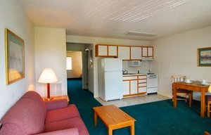 Room - Affordable Suites of America Florence