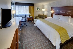 Room - DoubleTree by Hilton Hotel Madison