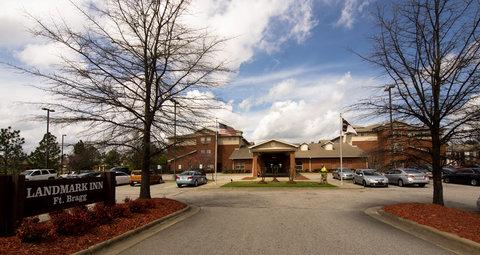 Landmark Inn Ft. Bragg