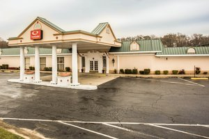 Econo lodge inn suites lumberton nc see discounts for Carolina motor inn fayetteville nc
