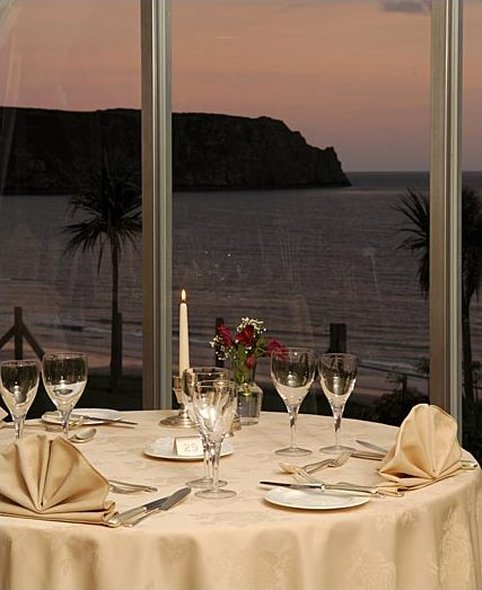 Dining at The Nare