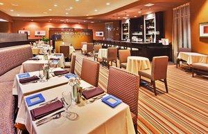 Bar - Holiday Inn Convention Center Ontario