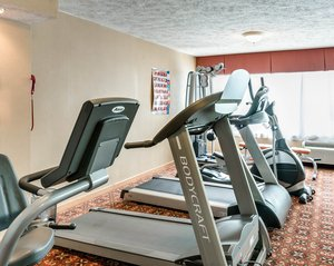 Fitness/ Exercise Room - Clarion Inn Fairmont