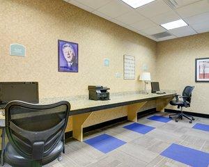 Conference Area - Comfort Inn & Suites Downtown Little Rock