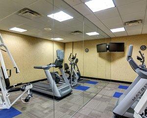 Fitness/ Exercise Room - Comfort Inn & Suites Downtown Little Rock