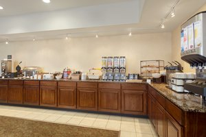 Restaurant - Country Inn & Suites by Carlson Bradley Park Columbus