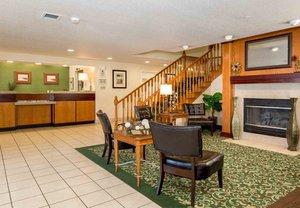 Lobby - Fairfield Inn by Marriott Worlds of Fun Kansas City