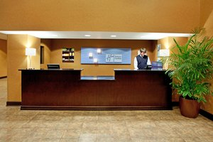 Lobby - Holiday Inn Express Hotel & Suites Vista Area Columbia