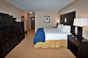Room - Holiday Inn Express Airport Albuquerque