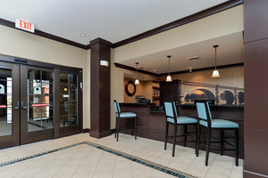 Lobby - Staybridge Suites O'Fallon
