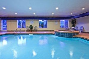 Pool - Holiday Inn Express Hotel & Suites Hixson