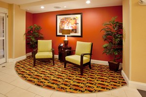 Lobby - Holiday Inn Express Hotel & Suites North Spartanburg