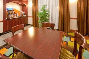Restaurant - Holiday Inn Express Hotel & Suites Round Rock