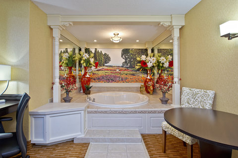 Themed Spa Suite with Jetted Tub. Garden Suite.