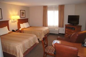 Room - Candlewood Suites O'Fallon