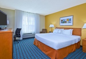 Room - Fairfield Inn & Suites by Marriott Southeast East Ridge