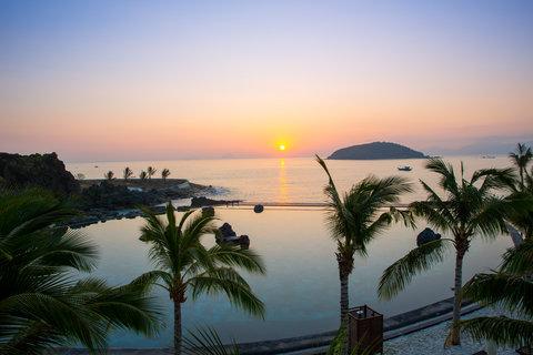 Sea Water Pool At Amiana Resort Nha Trang