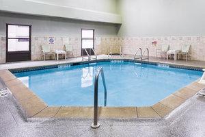 Pool - Holiday Inn Dubuque