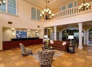 Lobby - Holiday Inn Express Temple Terrace