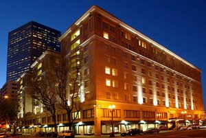 Exterior view - Embassy Suites Downtown Portland