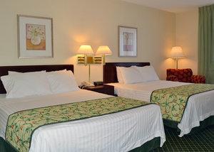 Room - Quality Inn & Suites Spartanburg