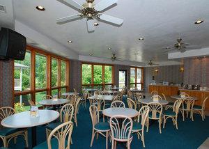 Restaurant - Quality Inn Cherokee