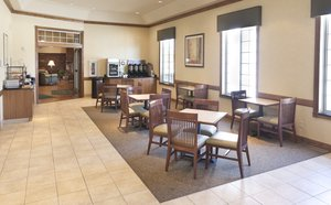 Restaurant - Country Inn & Suites by Carlson Chanhassen