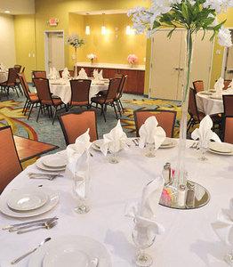 Ballroom - SpringHill Suites by Marriott Baytown