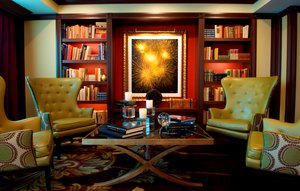 Bar - Churchill Hotel Near Embassy Row DC