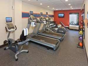 Fitness/ Exercise Room - Hampton Inn Ellenton