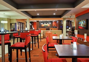 Bar - Courtyard by Marriott Hotel North Tallahassee