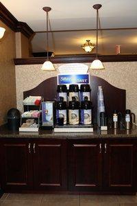 Restaurant - Holiday Inn Express Hotel & Suites Hospital Springfield