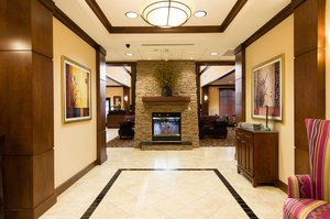 Lobby - Staybridge Suites North Charleston