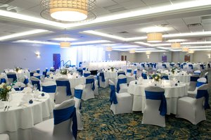 Ballroom - Crowne Plaza Hotel South Pittsburgh